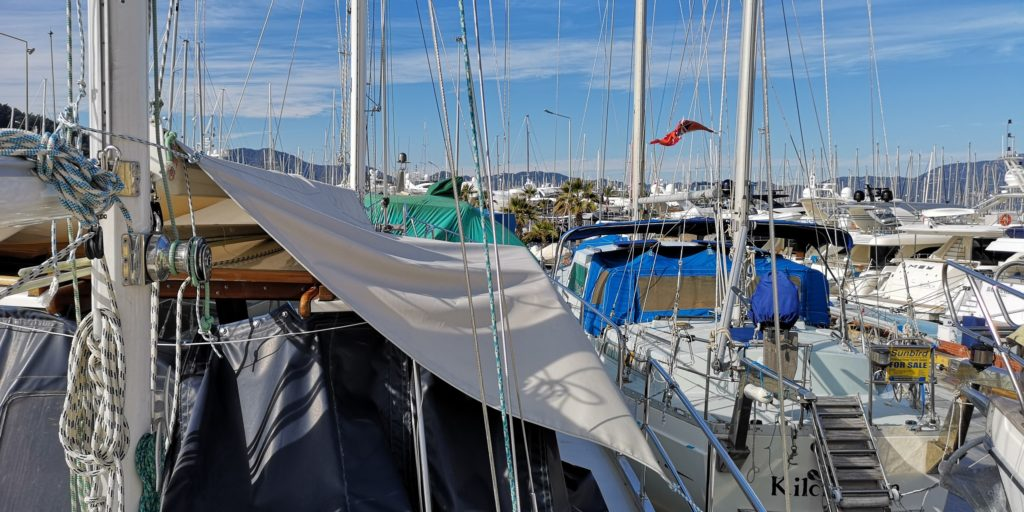 Sagarena surrounded by many sailing yachts
